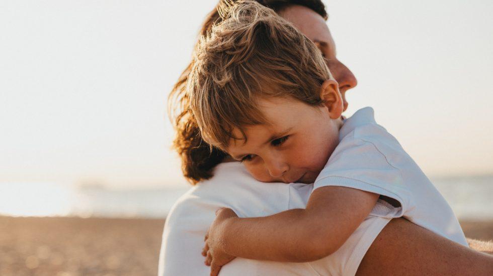 Mom hugging child. Three Breath Hug Habit to start with your kids.