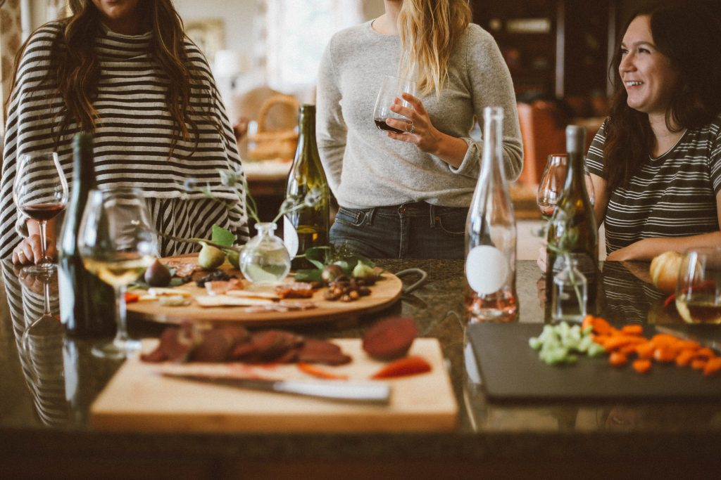Women Dining - Best Ideas for Galentine's Day